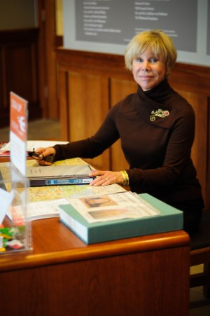 Photograph of volunteer coordinator Lisa Leinberger at the Art Information Desk
