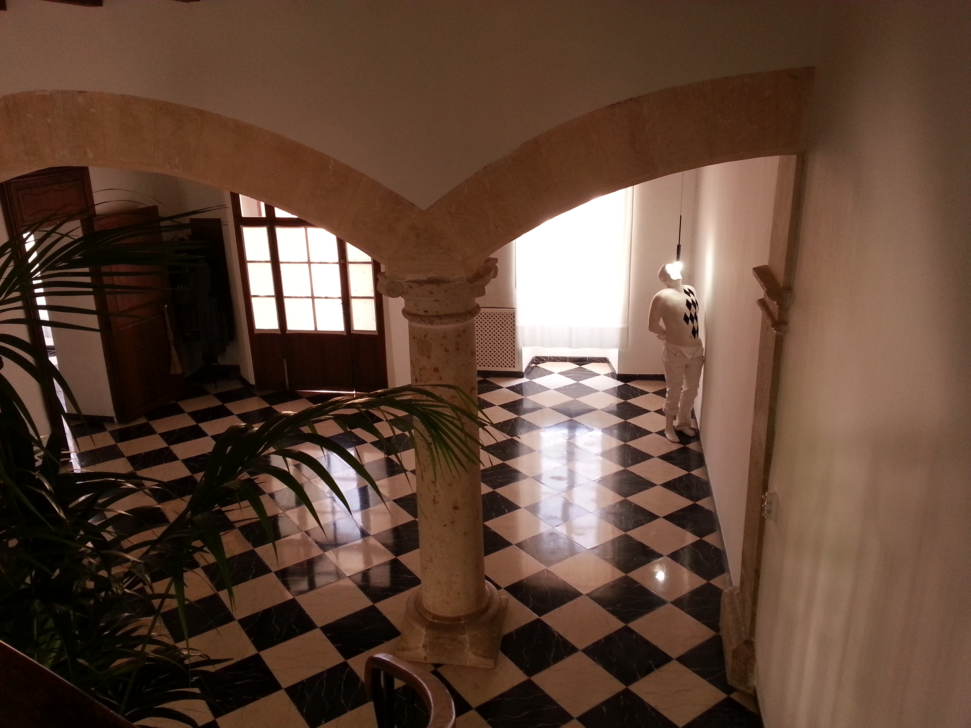 The foyer of Roig's home, with one of the artist's sculptures displayed on the right. Photo: Vesela Sretenovic
