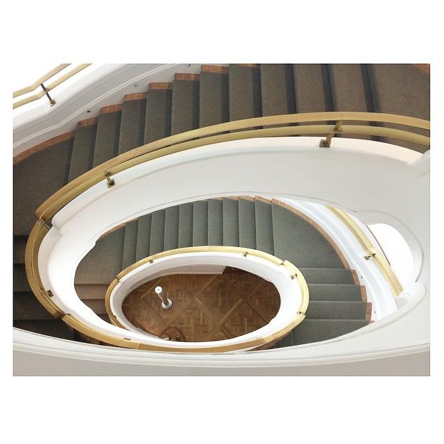 Staircase_3_brendagtzll