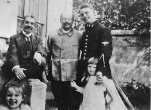 Mid–World War I: (left to right) Georges Rivière, Paul Cézanne, Jr., Jean Renoir; Jean-Pierre and Aline Cézanne in front (ca. 1916) (UCLA Charles E. Young Research Library, Department of Special Collections, Jean Renoir Collection).