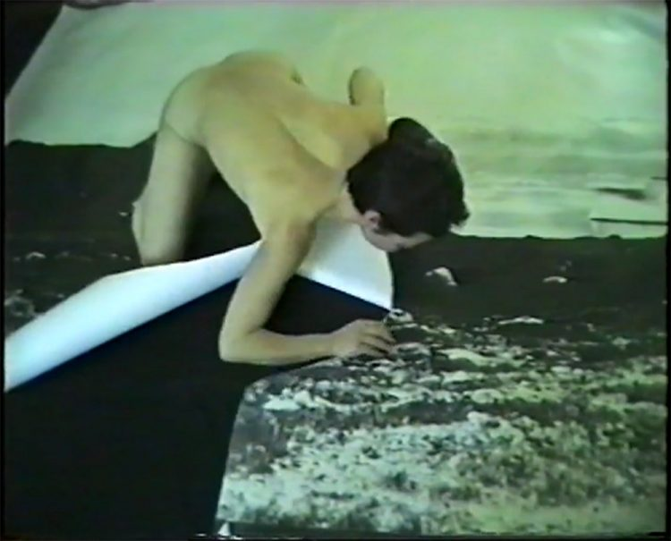 PIA ARKE (b. 1958, Ittoqqortoormiit, Greenland; d. 2007, Copenhagen) Arctic Hysteria Arktisk hysteri 1996 Video 4:3 (S-VHS to DVD) 5: 55 min. Louisiana Museum of Modern Art, Humlebæk, Acquired with funding from the Anker Fund